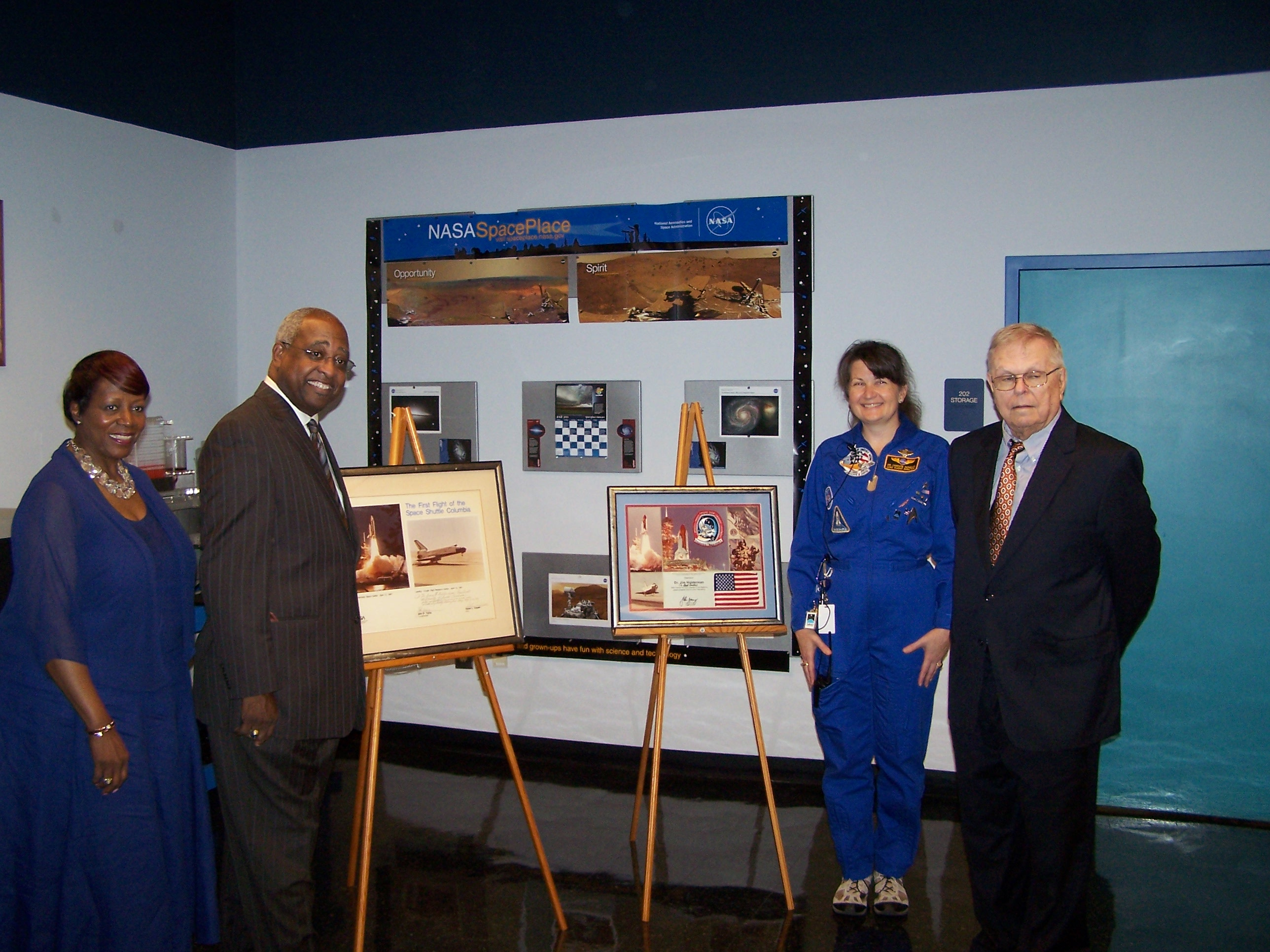 Former Usc President James B Holderman Donates Space Memorabilia To